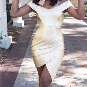 Dresses & Skirts - Gold Dress